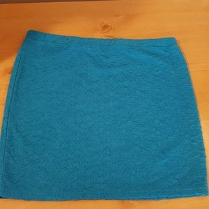 Candies stretchy turquoise skirt Size L